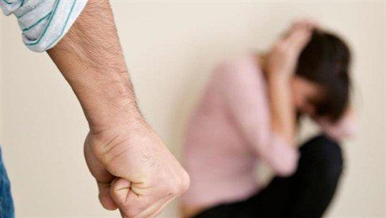 """""""الحجر"""" يزيد من وتيرة العنف المنزليّ!"""