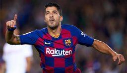 سواريز تنازل عن مستحقاته المالية لفسخ العقد مع برشلونة!