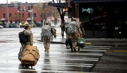 القوات الأميركية تفرض إجازة غير مدفوعة على الكوريين