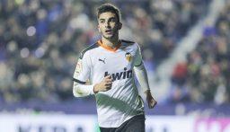 ريال مدريد يسعى للحصول على خدمات فيران توريس