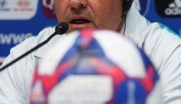 وفاة مدرب منتخب البرازيل للسيدات سابقا عن 63 عاما