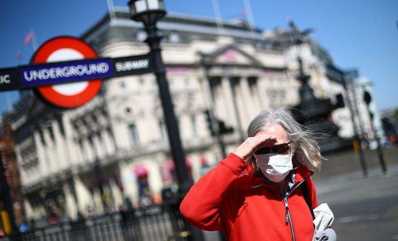 بريطانيا تسجل 33552 إصابة و1348 وفاة جديدة بفيروس كورونا