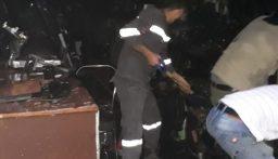 حريق داخل محل في سوق بعلبك التجاري