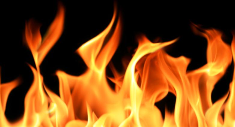 حريق في محطة للمحروقات في بلدة القصر