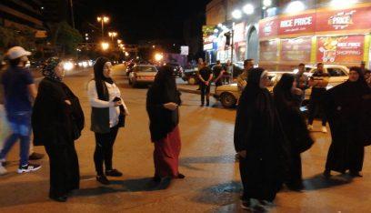 اهالي الموقوفين الاسلاميين قطعوا الطرقات المؤدية الى ساحة عبد الحميد كرامي