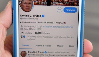 """بالصورة: إشارة عنف.. """"جولة ثانية"""" من المواجهة بين ترامب و""""تويتر""""!"""