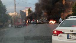 إشعال إطارات عند دوار ايليا في صيدا احتجاجا على تردي الاوضاع