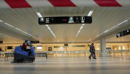 وزير الثقافة تفقد القطع الاثرية المودعة في المطار: أزمة البلد الأساسية…