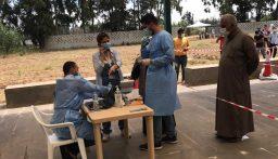 فحوص PCR لنازحين سوريين في خراج بلدة تلحياة سهل عكار