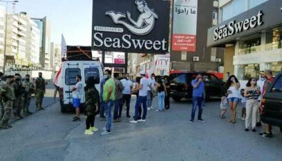 ناشطو الحراك تجمعوا على أوتوستراد زوق مكايل ومسيرة سيارة وصلت إلى جعيتا