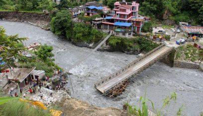 فيضانات الهند ونيبال تقتل 189 وتشرد 4 ملايين