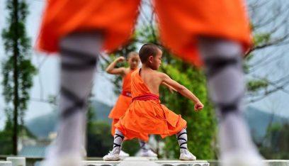 كونغ فو: طفل يدهش العالم (فيديو)