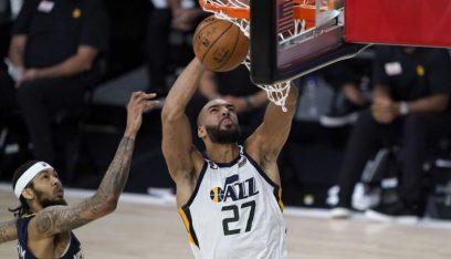 جوبير يقود جاز للفوز على بليكانز في استئناف دوري كرة السلة الأميركي