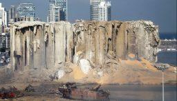 قبرص تستجوب مالك السفينة التي تسببت حمولتها في انفجار بيروت!