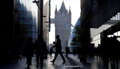 """ثلثا الشركات البريطانية """"تعمل بالكامل"""" بعد كورونا"""