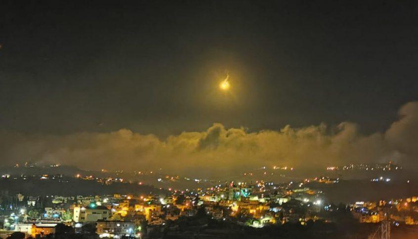 قنابل مضيئة فوق الغجر وتحليق إسرائيلي من دون طيار