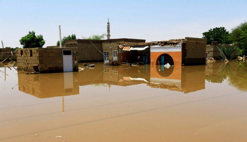 5 قتلى وتدمير آلاف المنازل جراء فيضانات في السودان