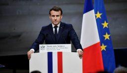 """ماكرون: القول إن فرنسا تقلّص الحريات """"كذبة كبيرة"""""""