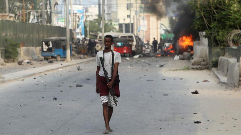 15 قتيلا على الأقل اثر هجوم انتحاري على معسكر للجيش في الصومال