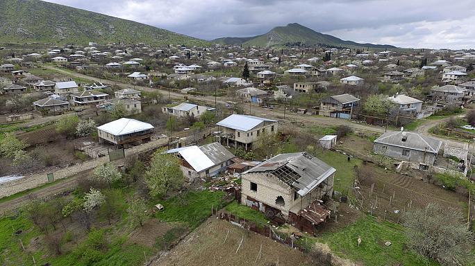 الجيش الأذربيجاني قصف مناطق حدودية في أرمينيا