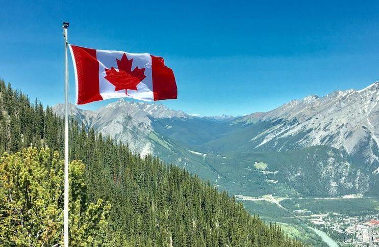 السلطات الكندية: إغلاق مدينة تورونتو لمدة 28 يوماً بهدف احتواء تفشي وباء كورونا
