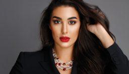 """ياسمين صبري: لا يوجد لدي أي حسابات على """"الفيس بوك""""!"""