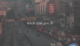 التحكم المروري: تعطل شاحنة اخر جسر الكرنتينا باتجاه الدورة سبب بازدحام مروري في المحلة