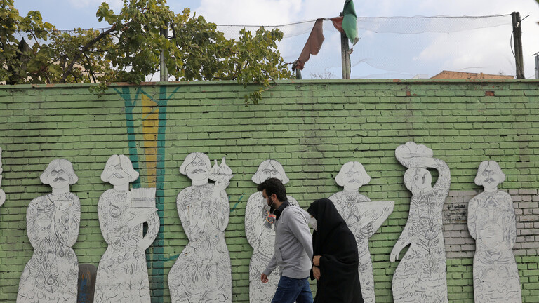 """الصحة الايرانية.. 13402 اصابة جديدة بفيروس """"كورونا"""" و391 حالة وفاة خلال 24 ساعة"""