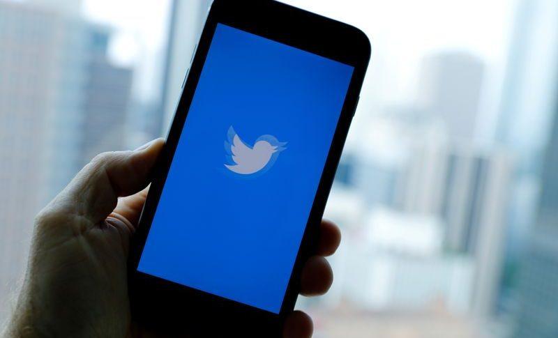 """""""تويتر"""" تدفع أكثر من 800 مليون دولار لتسوية دعوى ضدها"""