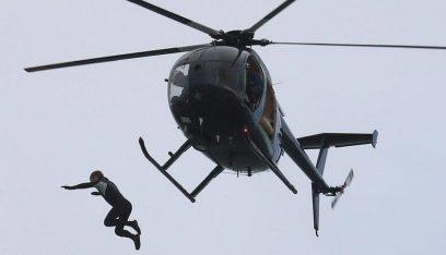 بالفيديو: مغامرة مجنونة.. قفز من الطائرة بلا مظلة!
