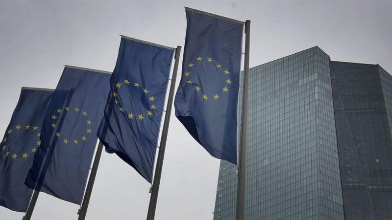 الفايننشال تايمز: مخاوف حدوث ركود مزدوج في أوروبا