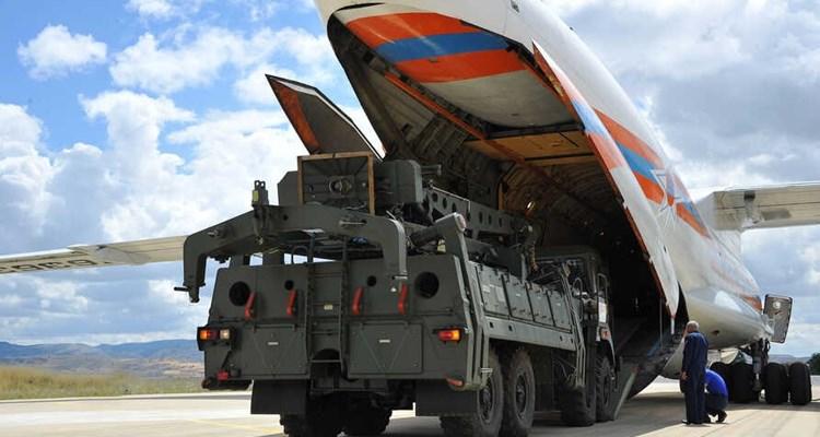واشنطن تلوح بفرض عقوبات على تركيا بشأن صواريخ إس-400