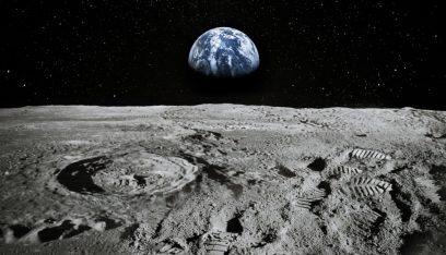 ماء على سطح القمر.. ناسا تعلن اكتشافها المثير!