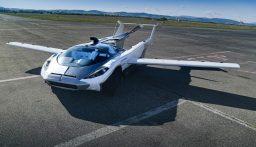 """بالفيديو: للبيع سيارة تتحول إلى """"طائرة"""" في 3 دقائق!"""