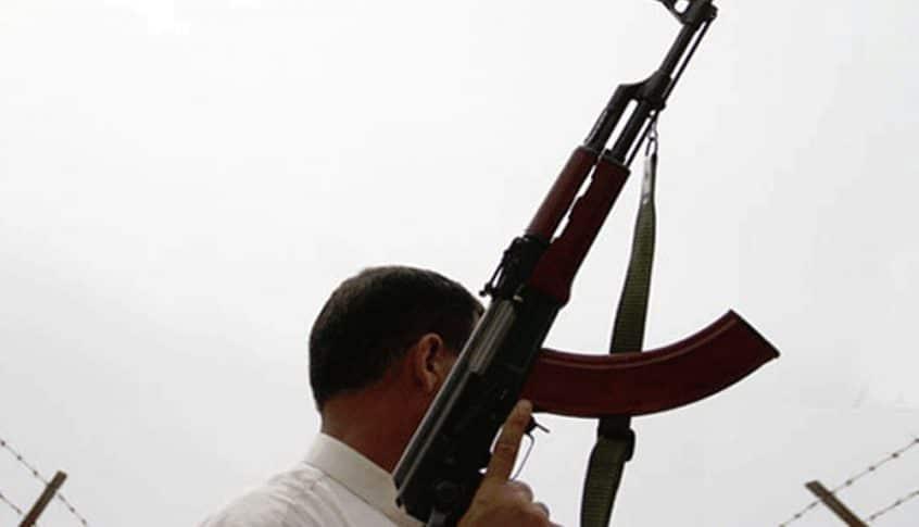 إطلاق نار وقذائف في حي الشراونة إثر وفاة مطلوب أثناء عملية الدهم