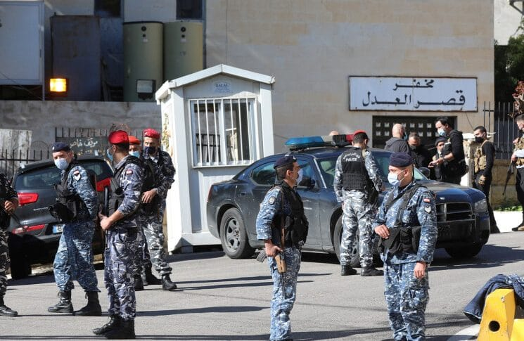 توقيف فار من نظارة بعبدا في طاريا.. والادعاء على 71 شخصاً في القضية