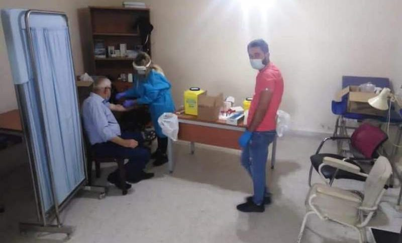 حملة فحوص مخبرية واخذ عينات دم لمستشفى رزق في كفرملكي