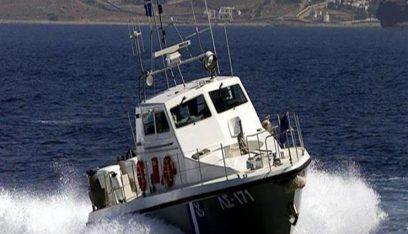 خفر السواحل اليوناني يعثر على 13 مهاجرا سوريا وينتشل جثة