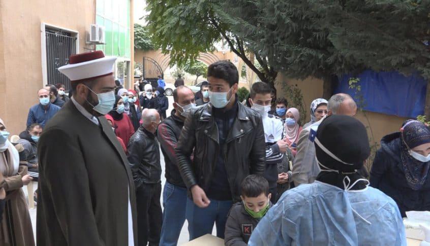 جمعية قولنا والعمل تنظم حملة فحوص مجانية لكورونا في البقاع الأوسط