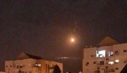 قنابل مضيئة وقذائف.. ماذا حصل على الحدود الجنوبية ليلاً!؟