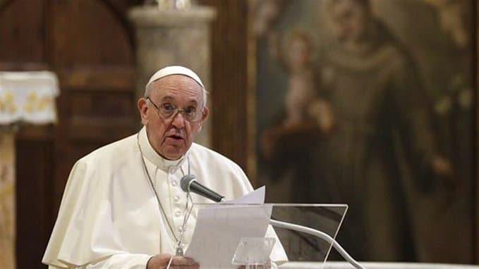 """البابا فرنسيس: ذاهب للعراق لأنه """"لا يمكن خذل الناس مرة ثانية"""""""