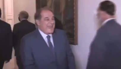 """بالفيديو: موقف محرج… سجعان قزي """"يشمت"""" بالحريري!"""