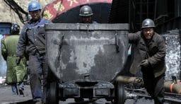 إنقاذ 11 من العمال العالقين منذ 14 يومًا داخل منجم ذهب في الصين