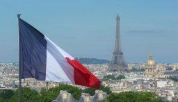 الوفيات في فرنسا جراء كورونا تتخطى ال 70 ألف منذ بدء الجائحة