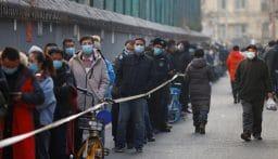 بكين تبدأ إجراء فحوصات واسعة للكشف عن المصابين بكورونا