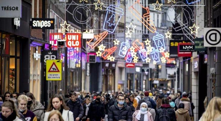 مواجهات في هولندا مع الشرطة وأعمال نهب خلال تظاهرات ضد حظر التجول