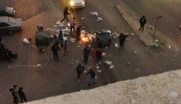 محتجون قطعوا طريق القياعة في صيدا