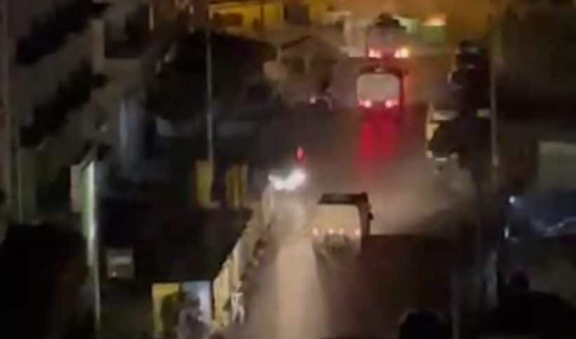 عناصر مكافحة الشغب تمكنت من ابعاد المحتجين عن سراي طرابلس