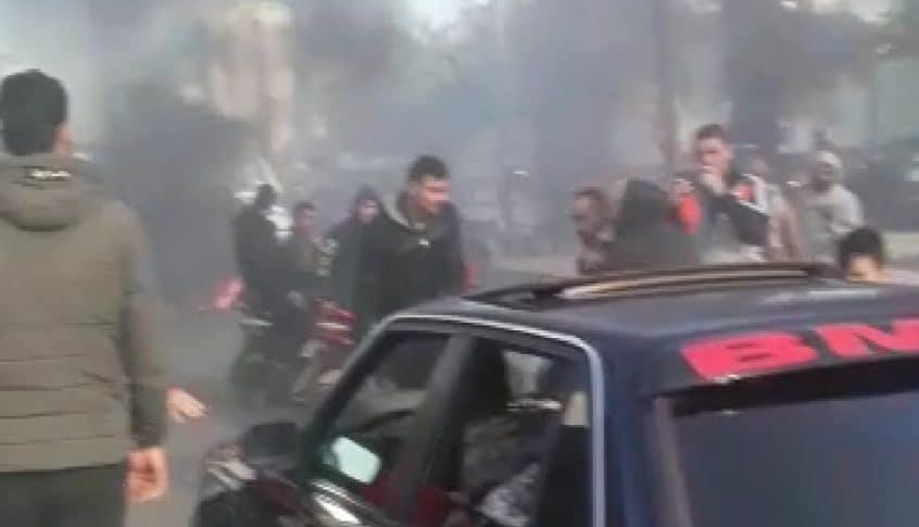 محتجون قطعوا اوتوستراد طرابلس – عكار