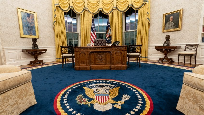 البيت الأبيض: بايدن لا يزال يرى أن حل الدولتين هو السبيل الوحيد للتقدم صوب تحقيق السلام
